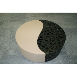 Yin Yang Table