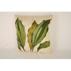 TP0078844 white eco leave pillow