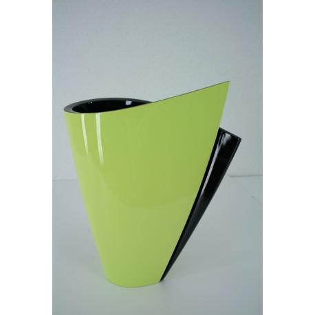 904 fan vase